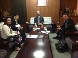 ミャンマー大使館にて大使と打合せ